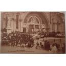 Postal de Lourdes, La Bénédiction du St-Sacrement