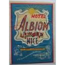 Etiqueta, Hotel Albion Nice