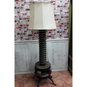 Lampara tornillo de prensa antigua del siglo XVIII